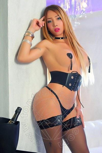 Fernanda Giraldo  SALERNO 3485846624